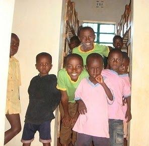 エイズ感染孤児のための施設「希望の家」の子どもたち。